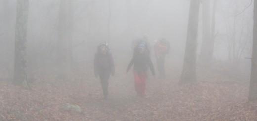 Beware of invisible hikers / Cuidado com os caminhantes invisíveis